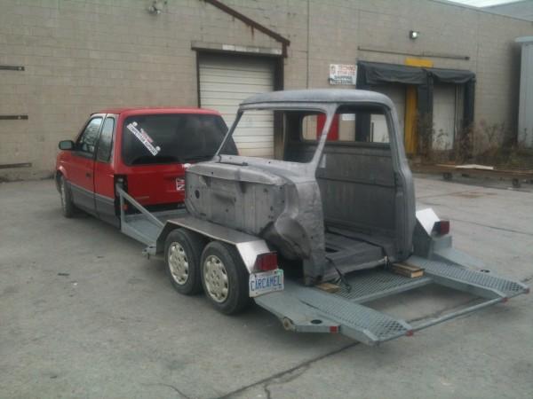 A Pickup Trick Cab for Techno Strip
